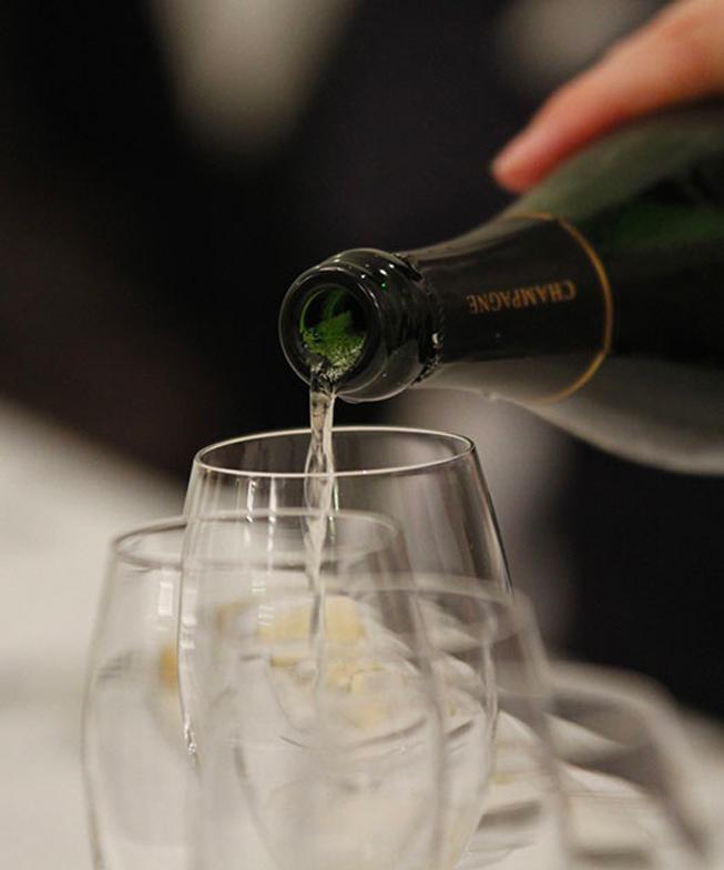 Champagne A La Volé
